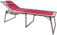 Quest Bordeaux Pro Lounge Bed With Side Table