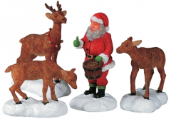 Lemax Santa Feeds Reindeer - Set of 4