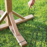 Gardman - Bird Table Anchoring Pegs - 4 Pack