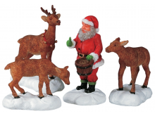 Lemax Santa Feeds Reindeer - Set of 4